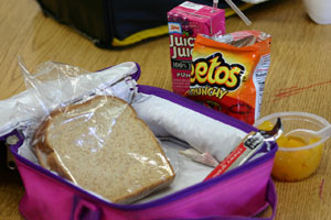 how to keep milk cold for school lunch